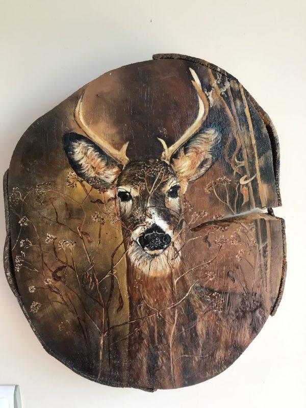 kütük üzerine yağlı boya geyik