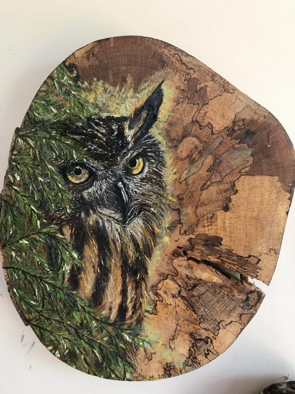 kütük üzerine yağlı boya baykuş